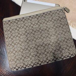 Coach tablet case brown signature C